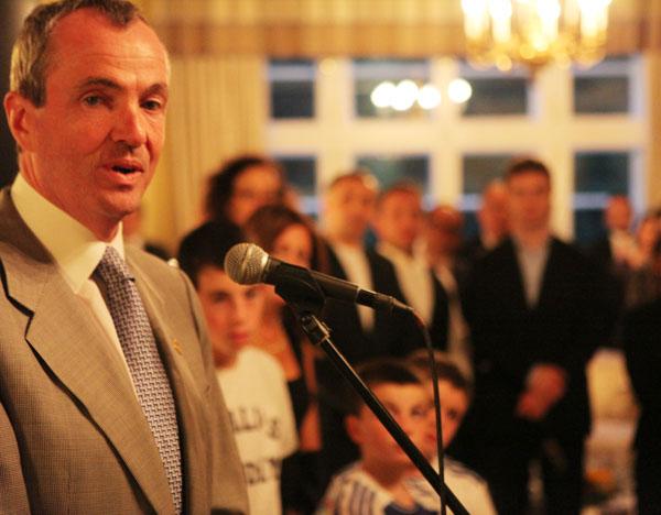 Botschafter Murphy begrüßt Eid-Gäste