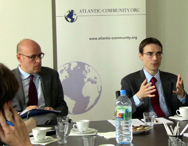 Ben Scott bei der Atlantischen Initiative