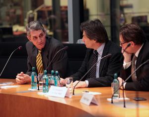 Moss Bundestagpanel Wikileaks