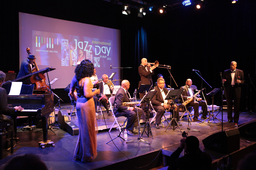 Die Ebony Big Band